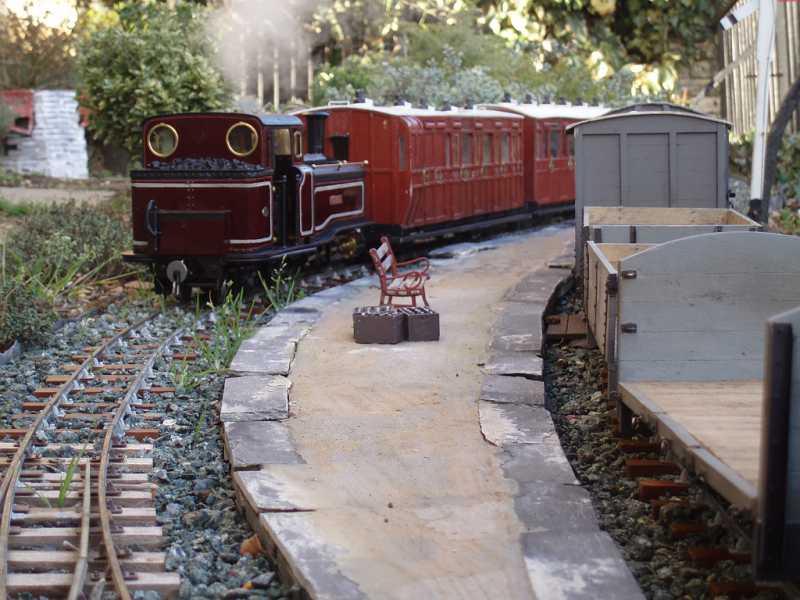Gardenrailwayrealism frontpage for Garden railway designs